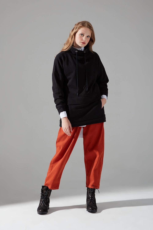 Üç İplik Siyah Sweatshirt