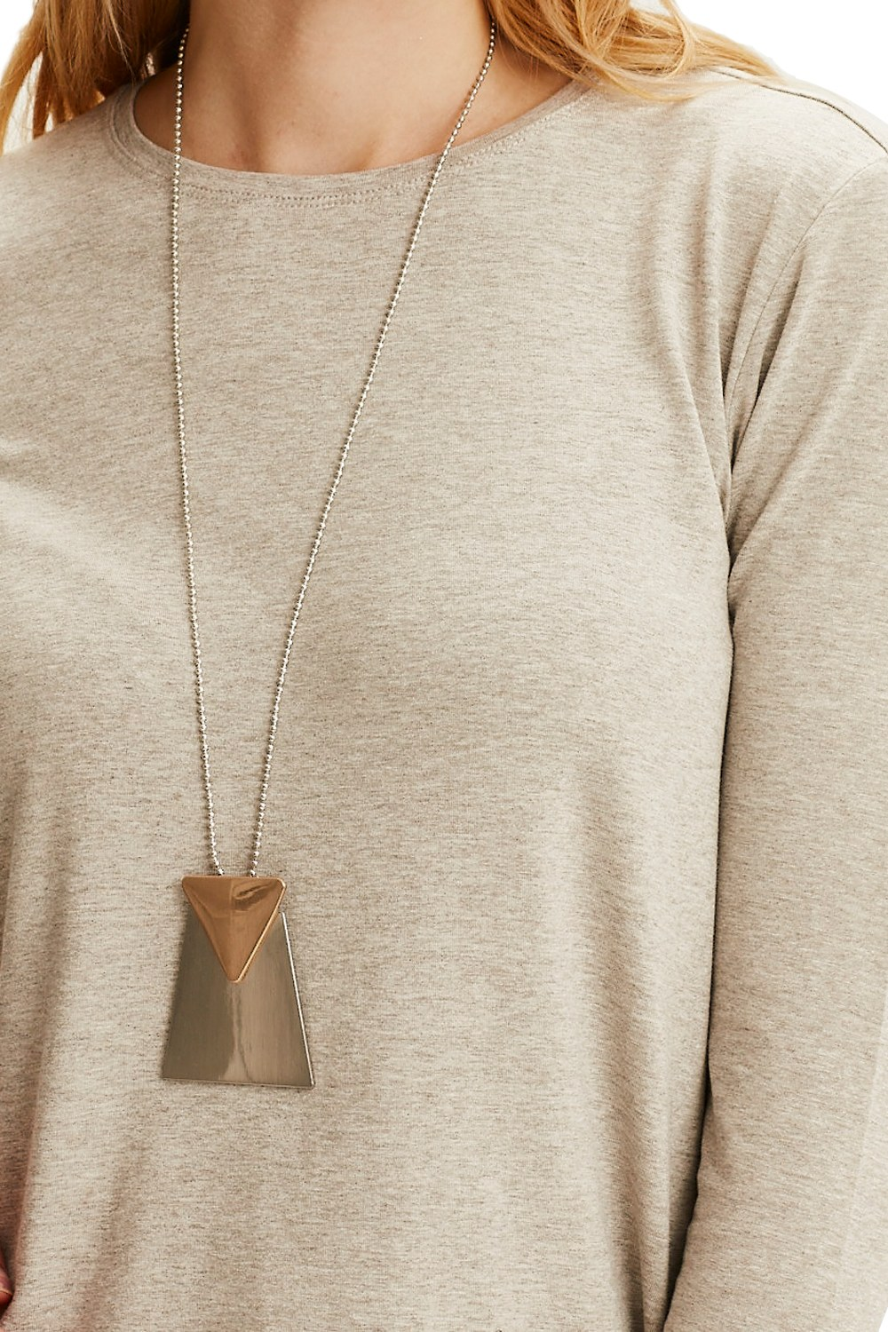 MIZALLE Triangle Detailed Necklace (Silver) (1)