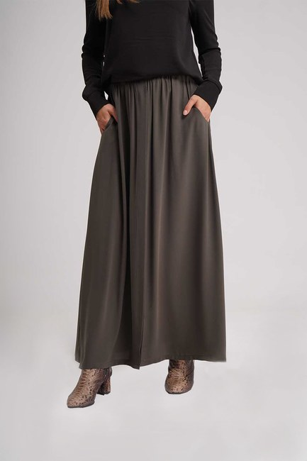 MIZALLE - Long Flare Skirt (Khaki) (1)