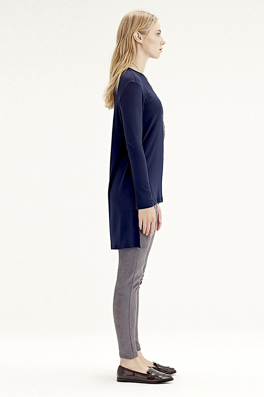 MIZALLE Long-Sleeved T-Shirt (Navy Blue) (1)