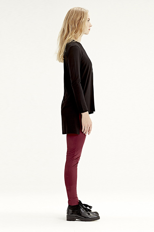 MIZALLE Long-Sleeved T-Shirt (Black) (1)