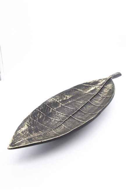 MIZALLE HOME - Long Leaf Decorative Object (Black) (1)
