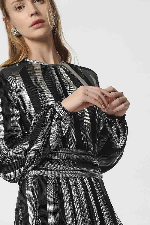 MIZALLE فستان مورق (أسود) (1)
