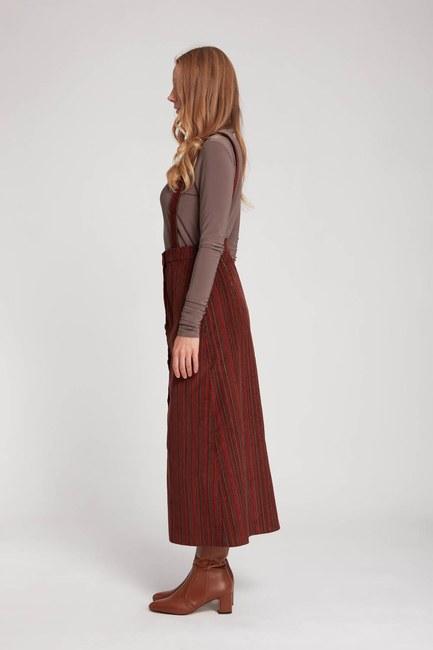 MIZALLE - Velvet Hanging Skirt (Brick Red) (1)
