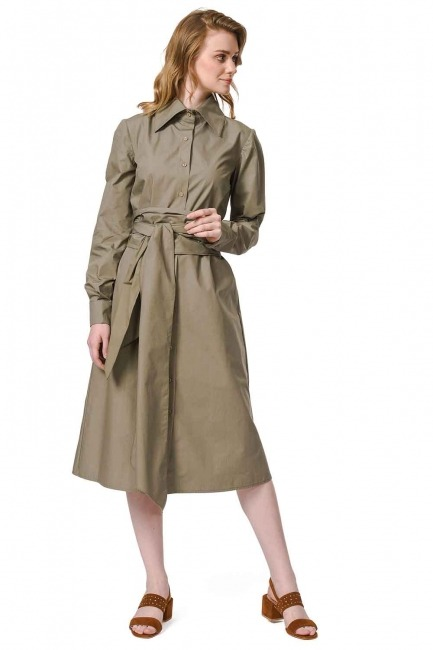 MIZALLE فستان القميص برباط بالخصر (تُرَابِـيّ)