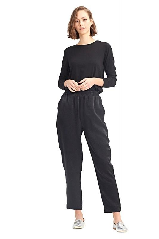 Waist-Pleated Trousers (Black)