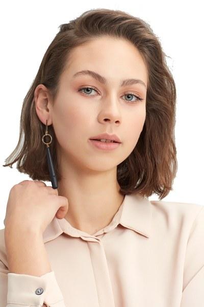 MIZALLE Wooden Pendant Earrings (Black)