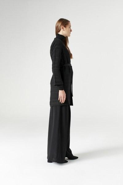 MIZALLE - Collar Braided Cardigan (Black) (1)