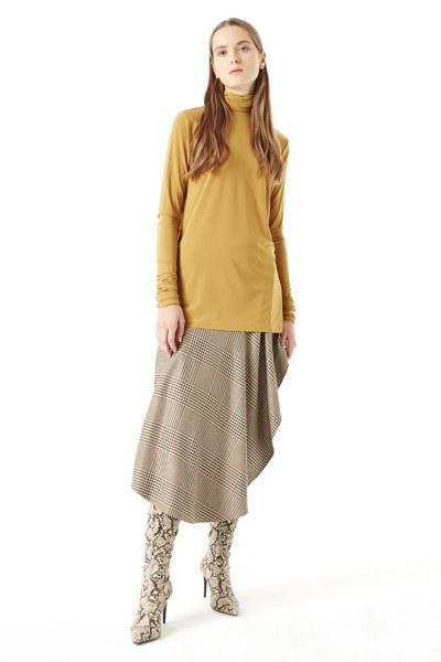 MIZALLE Shirring-Collar Blouse (Camel)