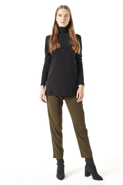 MIZALLE Shirring-Collar Blouse (Black)