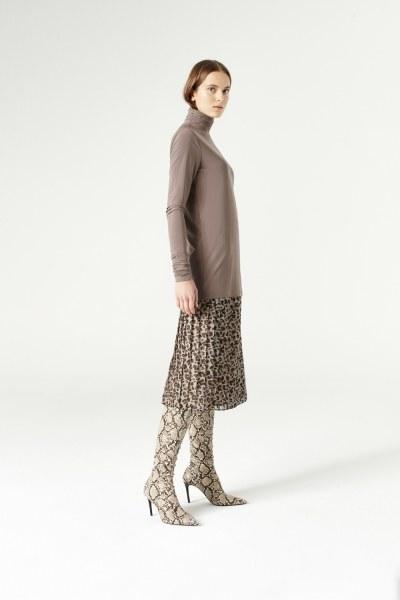 MIZALLE - Shirring-Collar Blouse (Mink) (1)