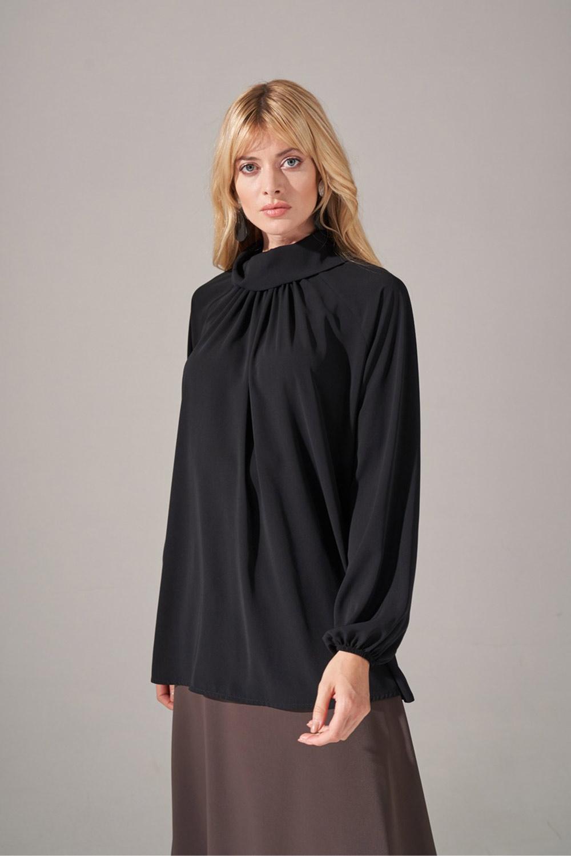Yakası Büzgülü Krep Bluz (Siyah)