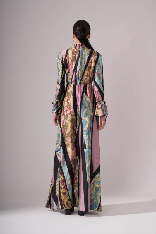 Yakası Pileli Desenli Maxi Elbise (Renkli)