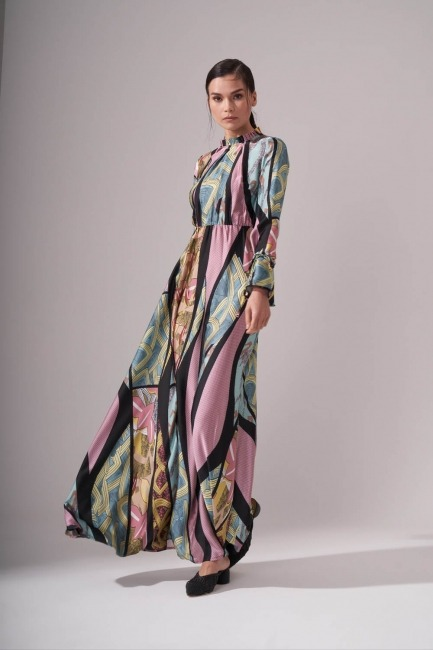 Yakası Pileli Desenli Maxi Elbise (Renkli) - Thumbnail