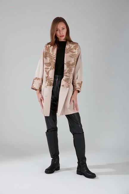 Mizalle - Yakası Pul İşlemeli Ceket (Bej)