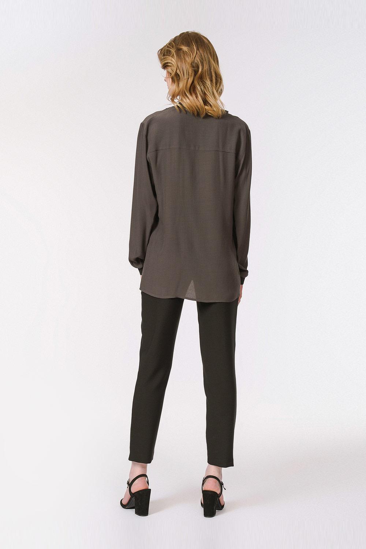 Yakası Ribanalı Bluz (Siyah)