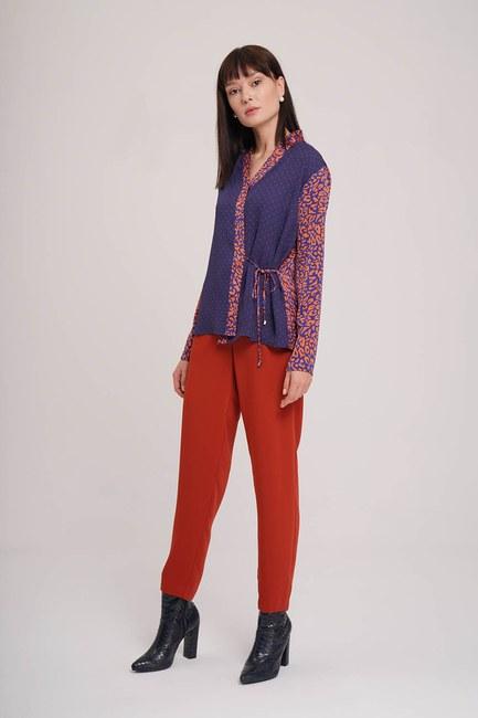 Mizalle - Yandan Bağlı Desenli Bluz (Lacivert)