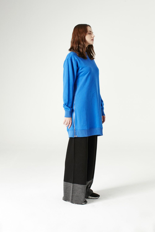 MIZALLE سويت شيرت مع سحاب من الجانب (أزرق ساكس) (1)