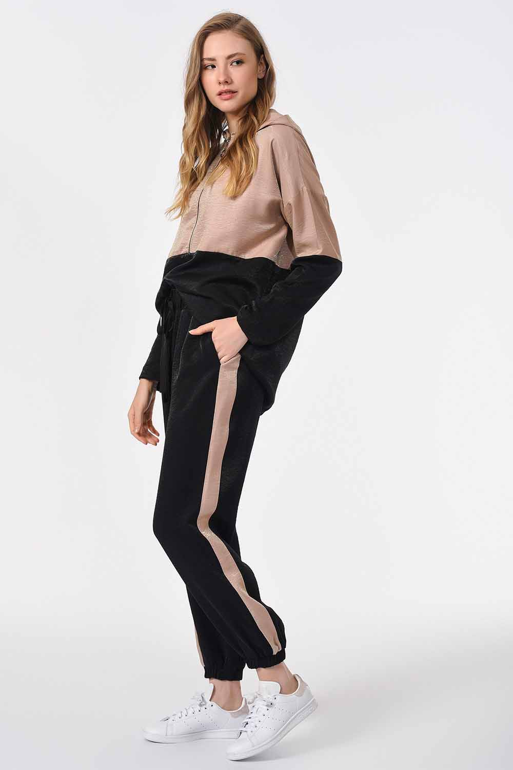 MIZALLE Side Stripes Two Colored Trousers (Black/Beige) (1)
