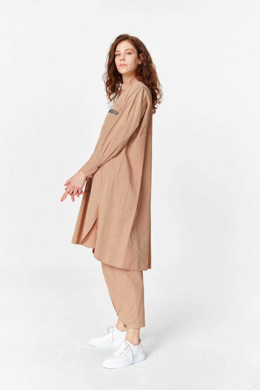 MIZALLE Yanı Yırtmaçlı Cep Detaylı Tunik (Camel) (1)
