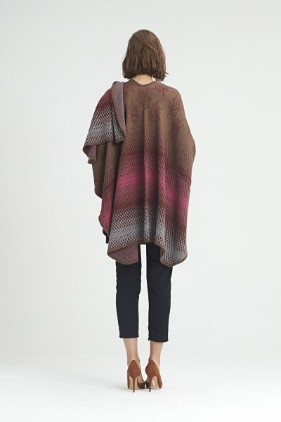 Leaf Patterned Poncho (Brown) - Thumbnail