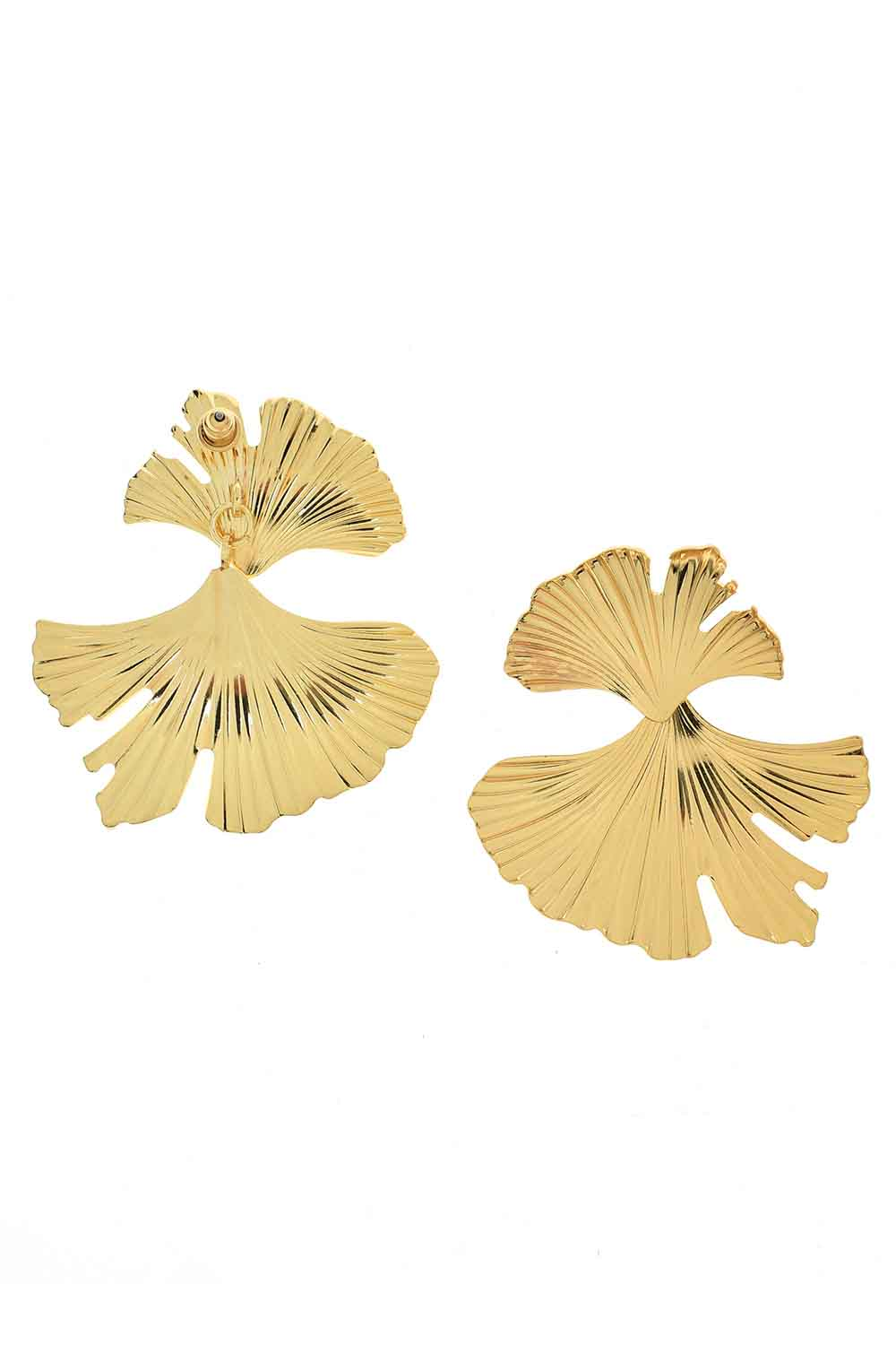MIZALLE Leaf Design Earrings (St) (1)
