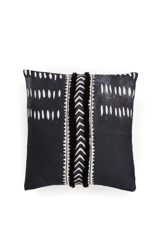 Pillow Case (Tasseled)