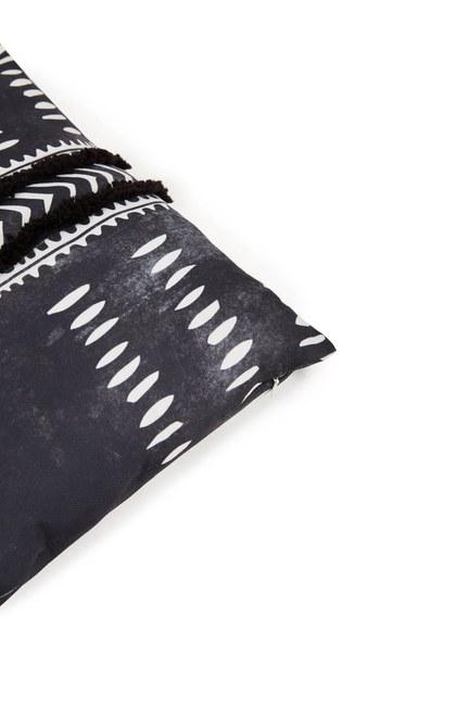 MIZALLE HOME - Pillow Case (Tasseled) (1)