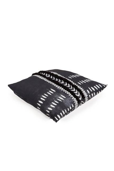 Pillow Case (Tasseled) - Thumbnail