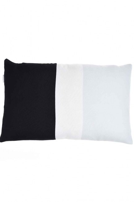 MIZALLE HOME Pillow Case (Colorful)