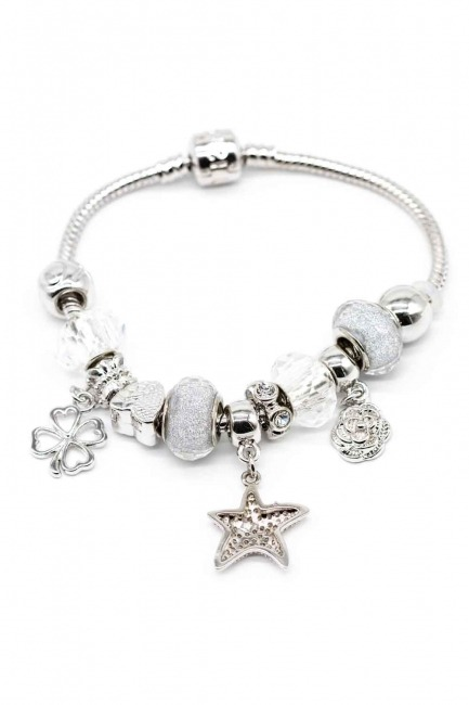 MIZALLE Star Shaped Bracelet (White)