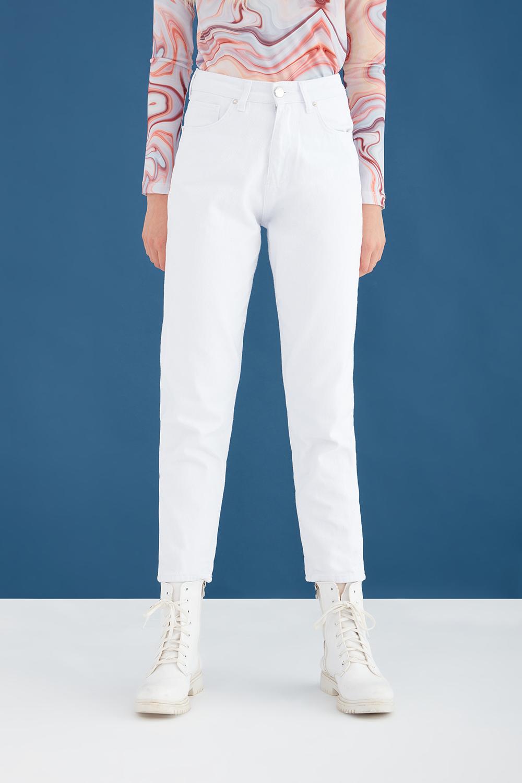 Yüksek Bel Beyaz Mom Jean Pantolon