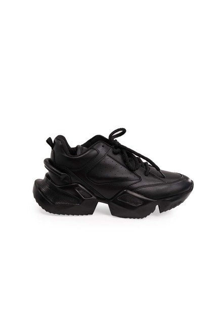 MIZALLE - High Sole Sport Shoes (Black) (1)