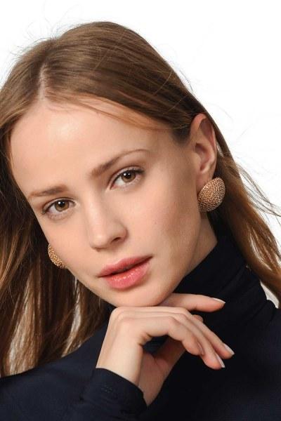 MIZALLE Round Textured Earrings (Gold)