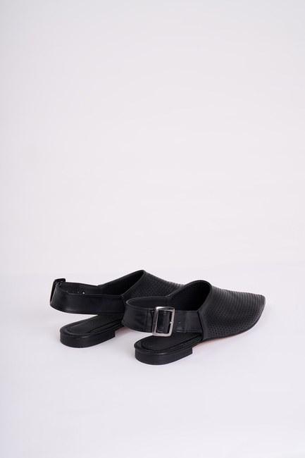 MIZALLE - Zımbalı Tokalı Ayakkabı (Siyah) (1)