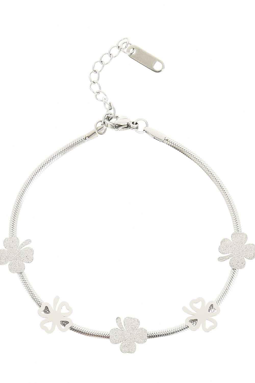 MIZALLE Clover Detailed Steel Bracelet (Silver) (1)
